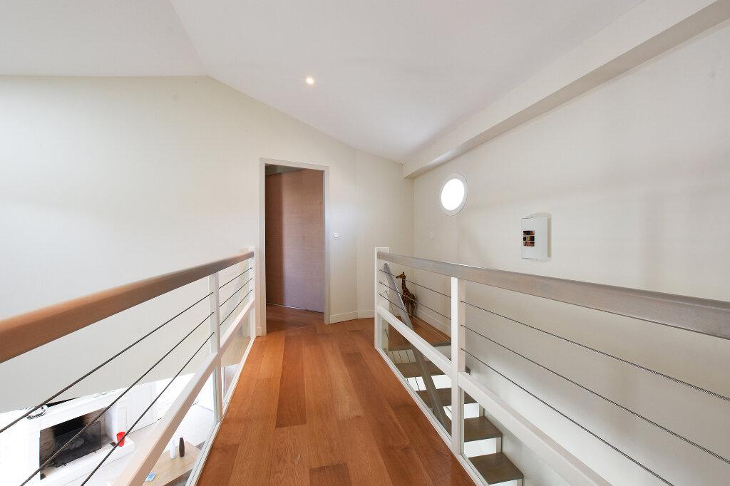 Maison à vendre 5 120m2 à Saint-Clément-des-Baleines vignette-9