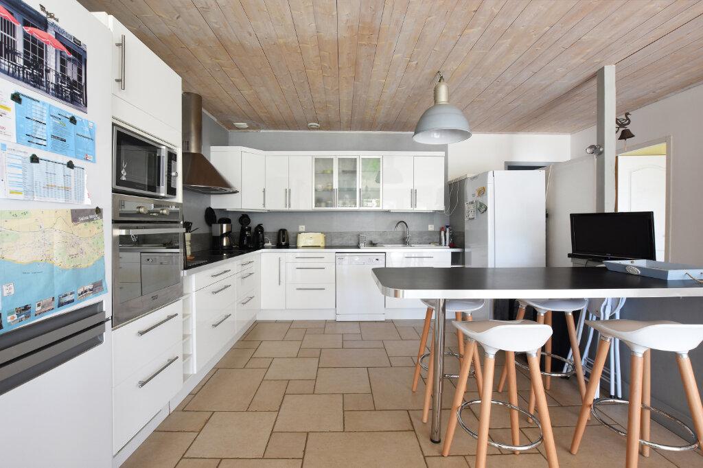 Maison à vendre 5 129.5m2 à Sainte-Marie-de-Ré vignette-4