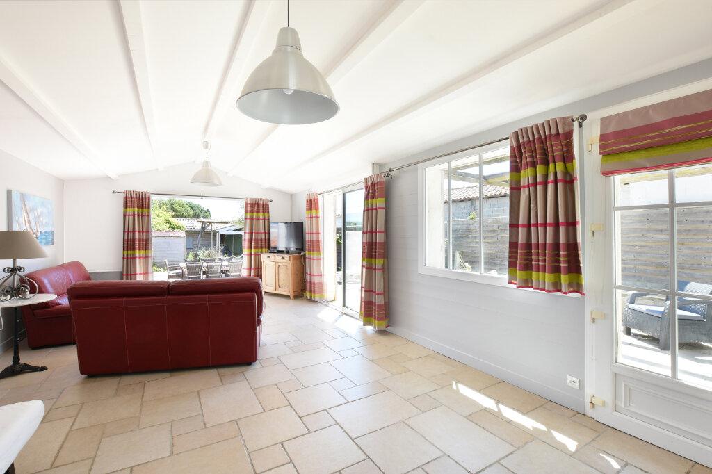 Maison à vendre 5 129.5m2 à Sainte-Marie-de-Ré vignette-5