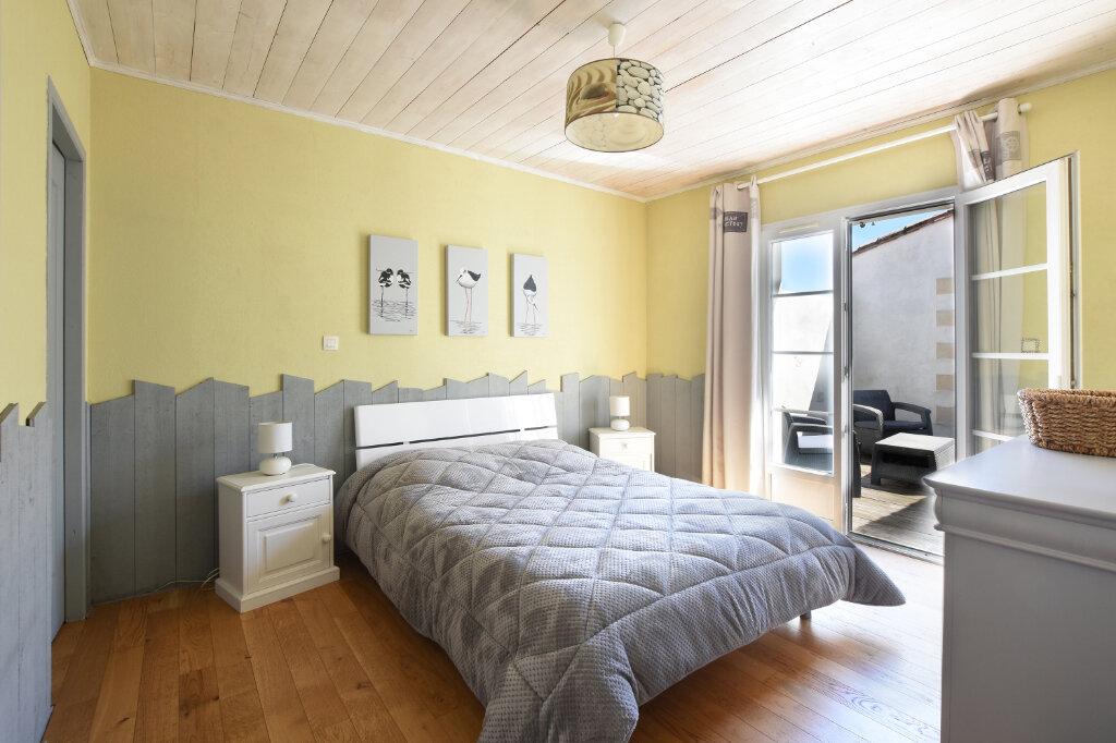 Maison à vendre 5 129.5m2 à Sainte-Marie-de-Ré vignette-6