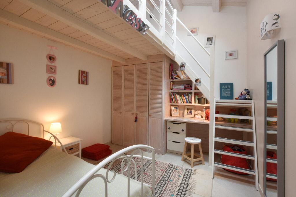 Maison à vendre 5 128m2 à Sainte-Marie-de-Ré vignette-5