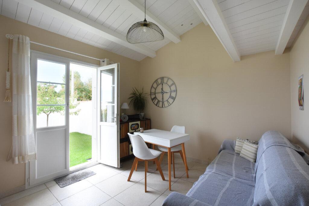 Maison à vendre 5 128m2 à Sainte-Marie-de-Ré vignette-9