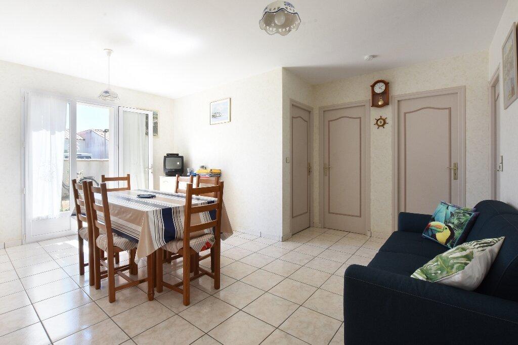 Maison à vendre 5 100m2 à Saint-Clément-des-Baleines vignette-5