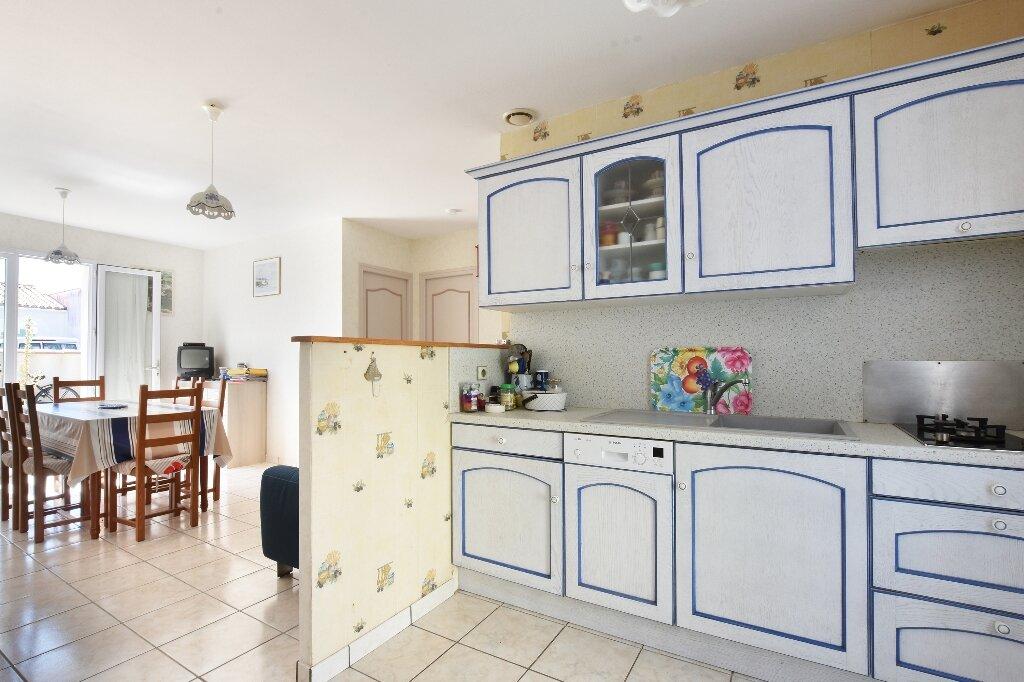 Maison à vendre 5 100m2 à Saint-Clément-des-Baleines vignette-6