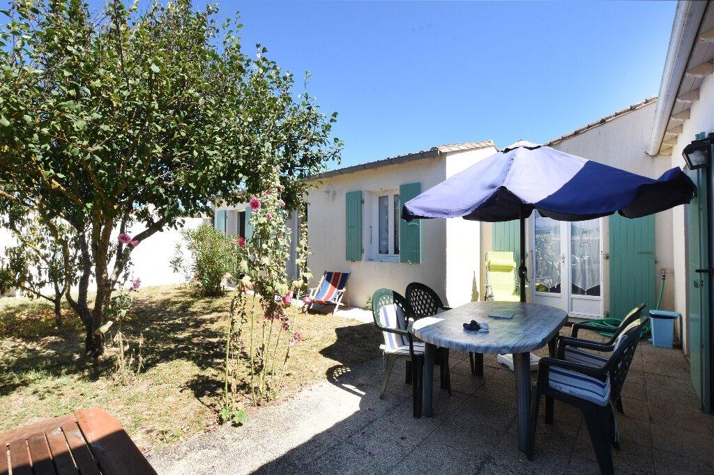 Maison à vendre 5 100m2 à Saint-Clément-des-Baleines vignette-12