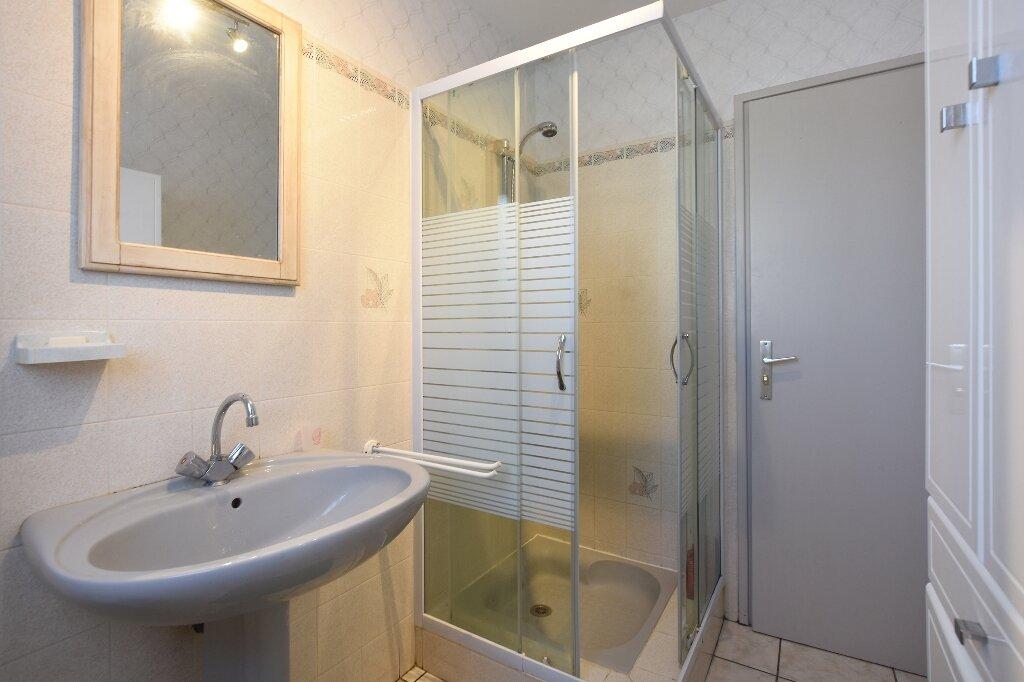 Maison à vendre 5 100m2 à Saint-Clément-des-Baleines vignette-15