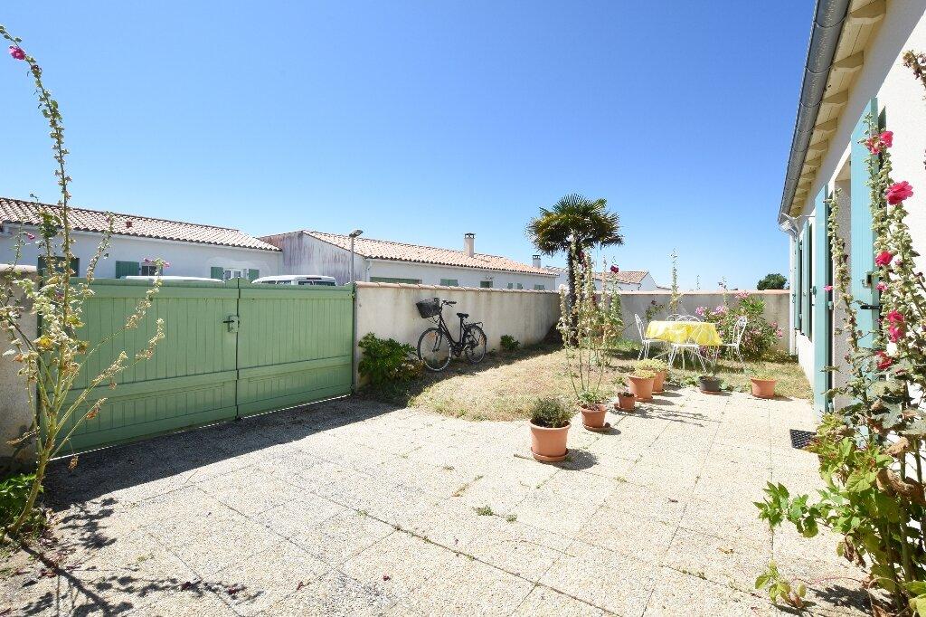 Maison à vendre 5 100m2 à Saint-Clément-des-Baleines vignette-16