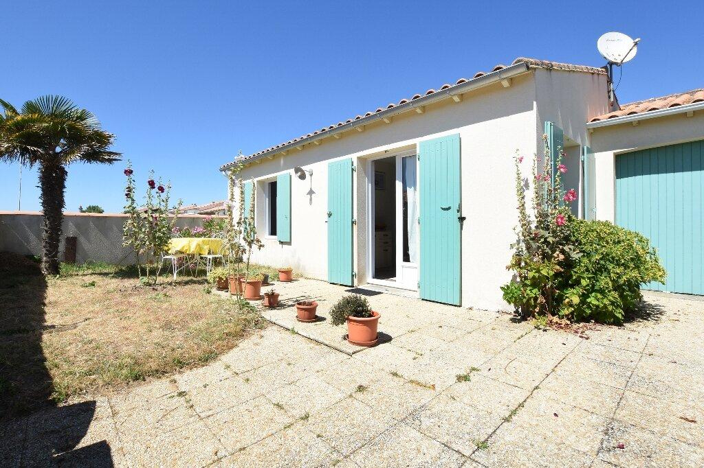 Maison à vendre 5 100m2 à Saint-Clément-des-Baleines vignette-17