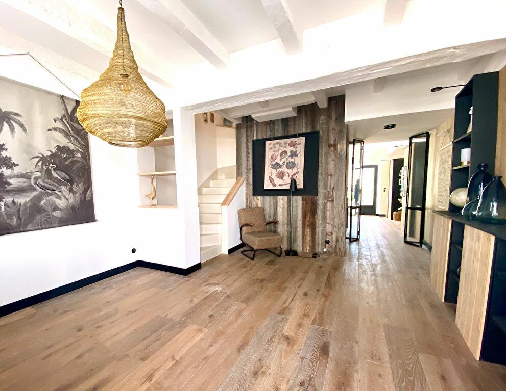 Maison à vendre 5 100m2 à Sainte-Marie-de-Ré vignette-2