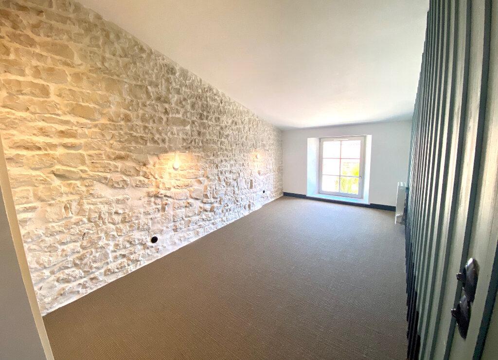 Maison à vendre 5 100m2 à Sainte-Marie-de-Ré vignette-8