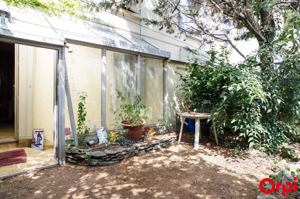 Appartement à vendre 3 57.41m2 à Villeurbanne vignette-2