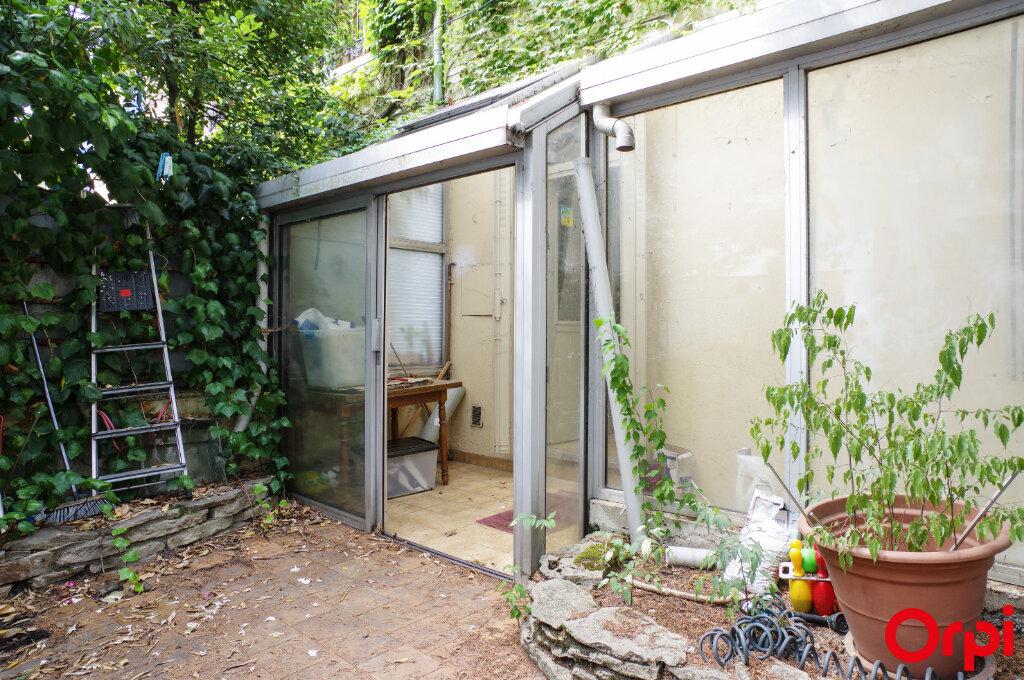 Appartement à vendre 3 57.41m2 à Villeurbanne vignette-10