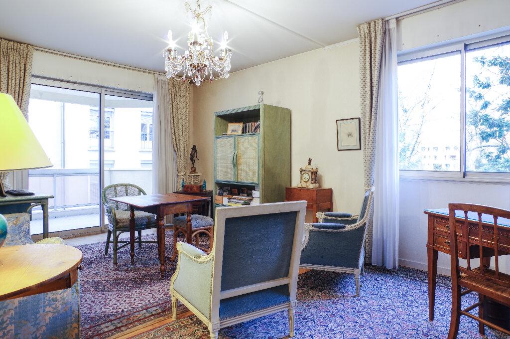 Appartement à vendre 2 52.94m2 à Lyon 6 vignette-2