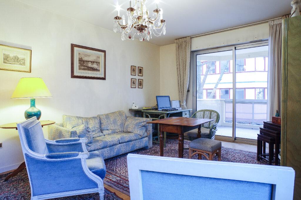 Appartement à vendre 2 52.94m2 à Lyon 6 vignette-3