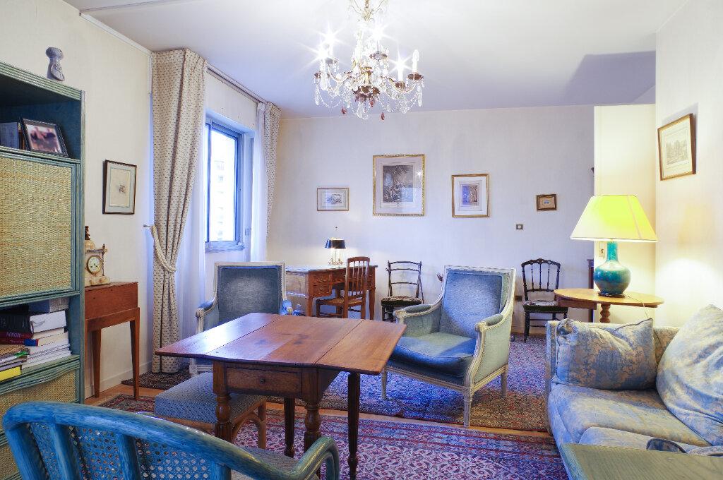 Appartement à vendre 2 52.94m2 à Lyon 6 vignette-4