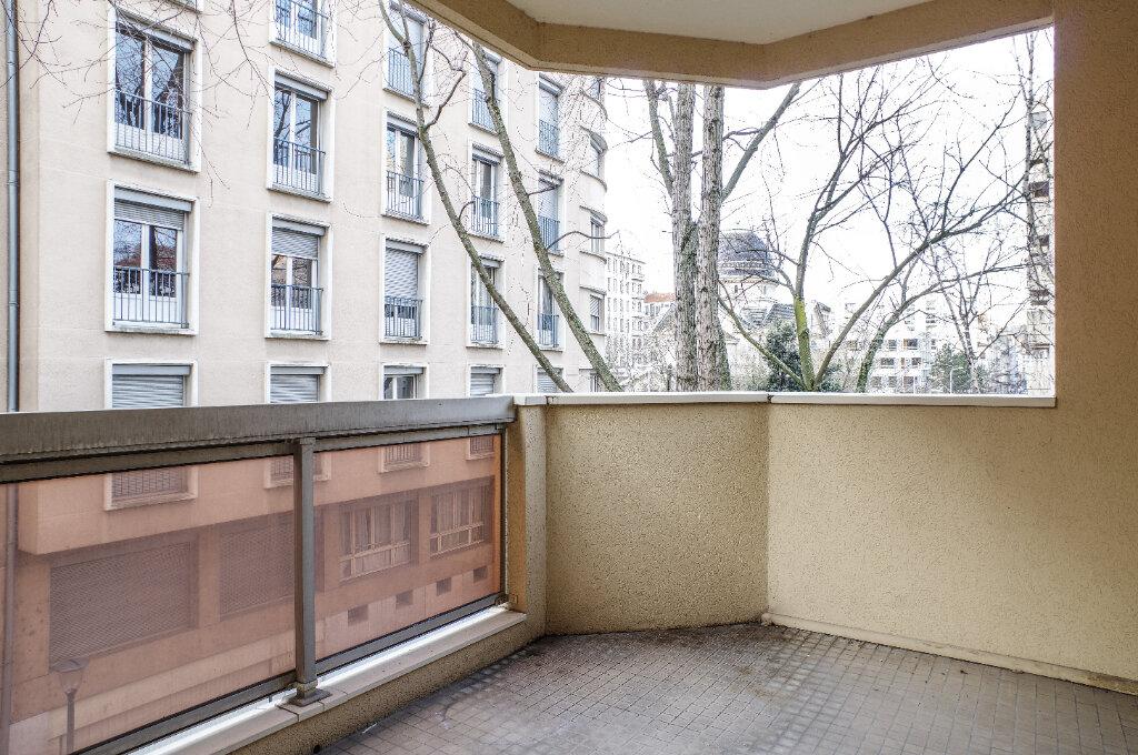 Appartement à vendre 2 52.94m2 à Lyon 6 vignette-5