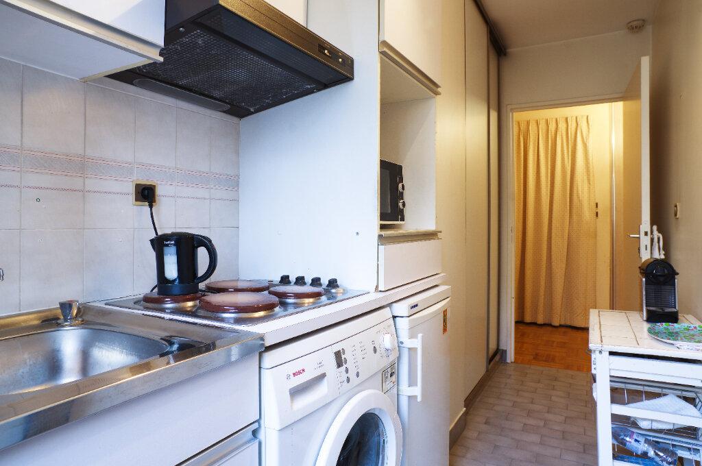 Appartement à vendre 2 52.94m2 à Lyon 6 vignette-9