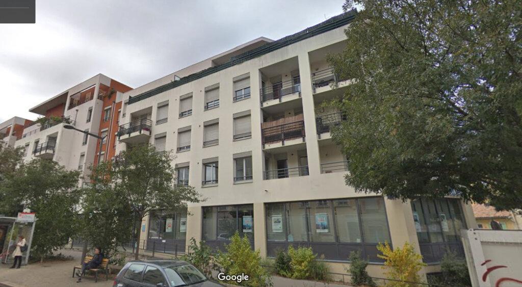 Appartement à vendre 3 64.76m2 à Lyon 9 vignette-9