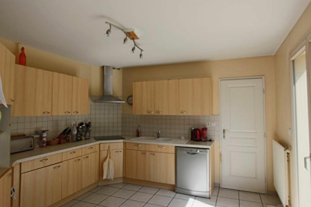 Maison à louer 6 168m2 à Écully vignette-4