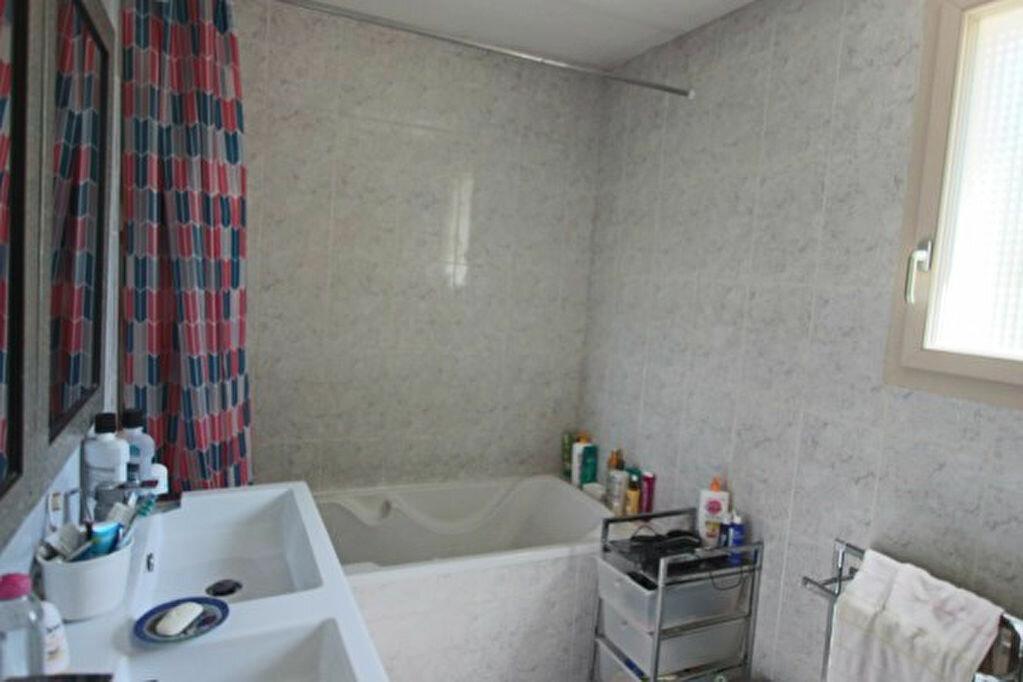 Maison à louer 6 168m2 à Écully vignette-7