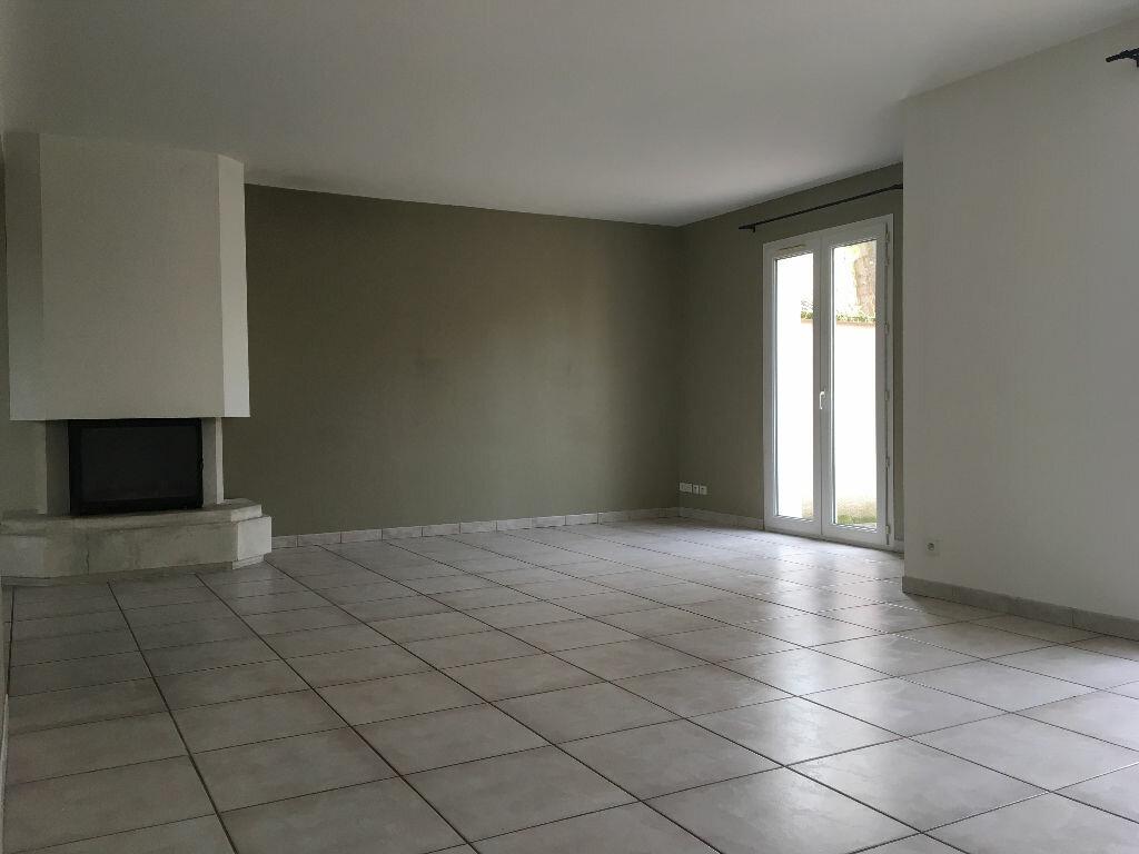 Maison à louer 6 167.78m2 à Écully vignette-4