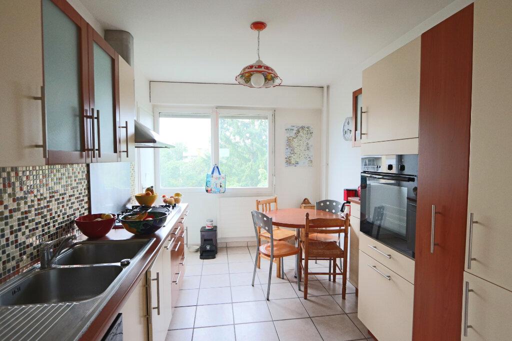 Appartement à vendre 5 113m2 à Lyon 5 vignette-2