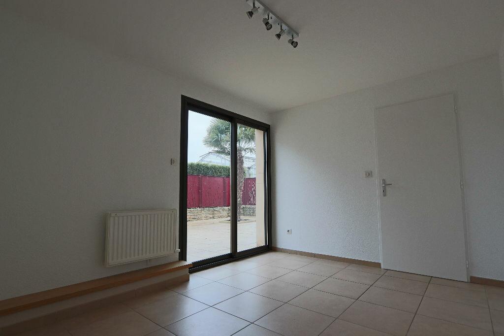 Appartement à louer 4 85m2 à Écully vignette-5