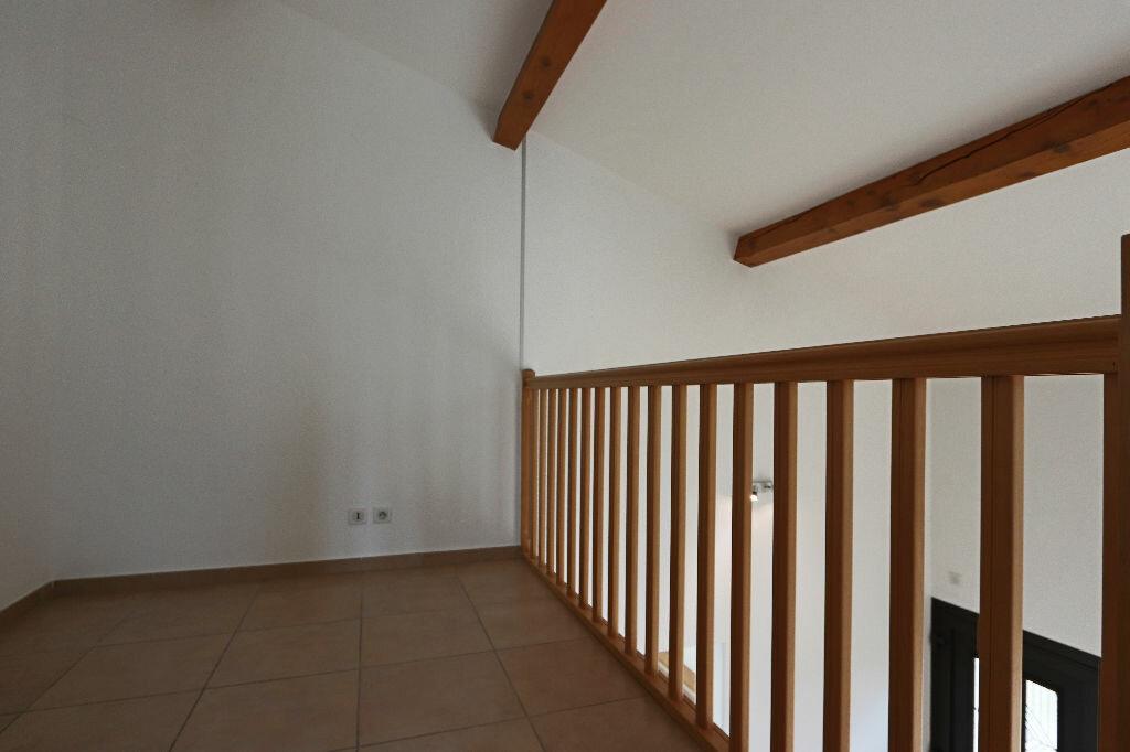 Appartement à louer 4 85m2 à Écully vignette-8