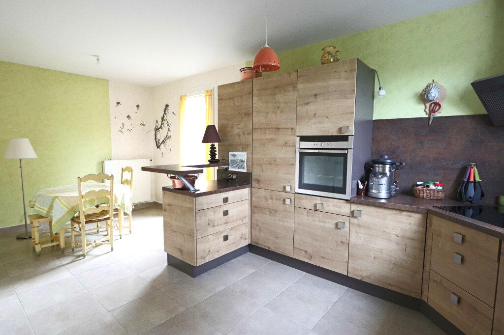 Appartement à vendre 6 130.97m2 à Charbonnières-les-Bains vignette-2