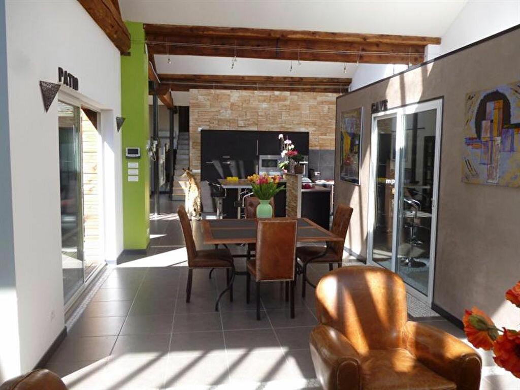 Appartement à louer 5 166m2 à Villefranche-sur-Saône vignette-1