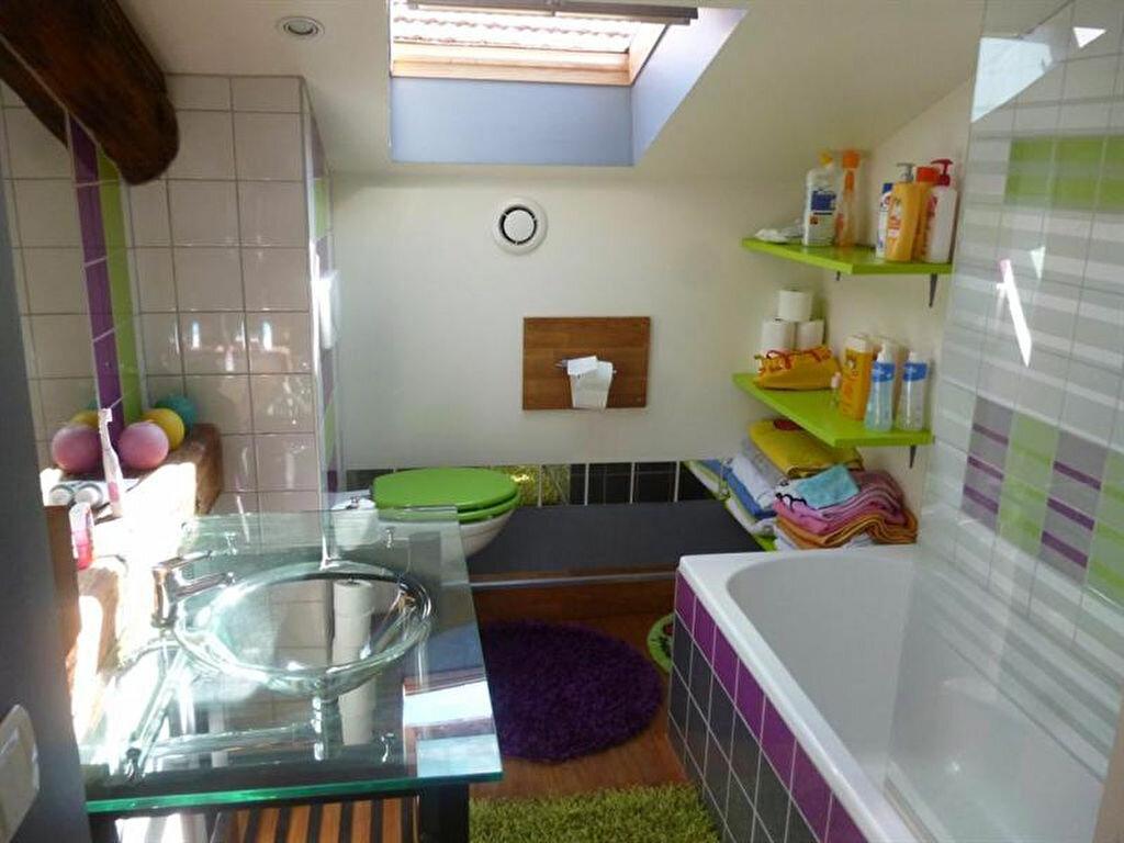 Appartement à louer 5 166m2 à Villefranche-sur-Saône vignette-7