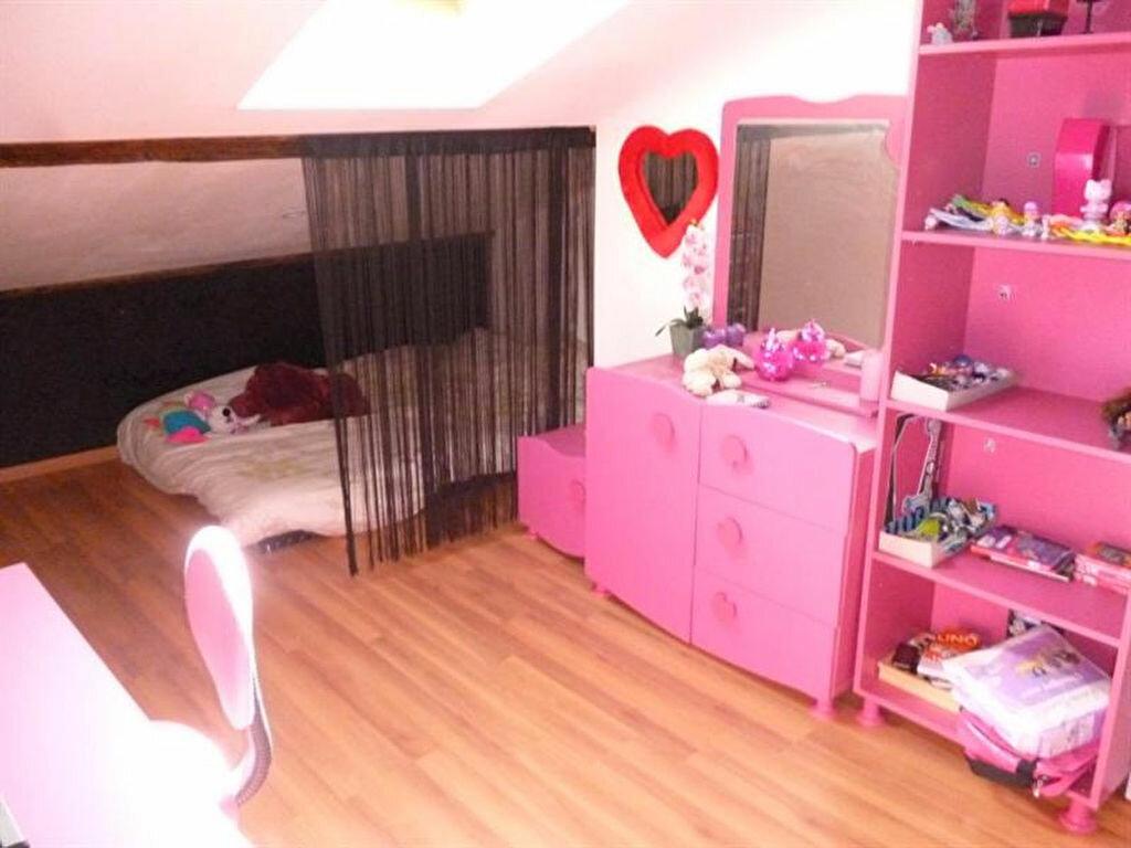 Appartement à louer 5 166m2 à Villefranche-sur-Saône vignette-8