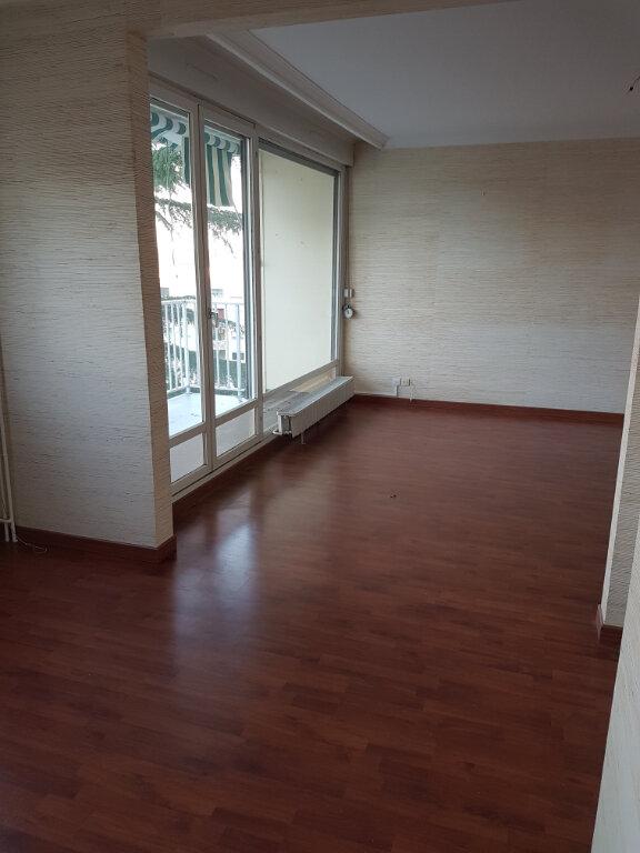 Appartement à louer 3 79.08m2 à Lyon 5 vignette-5