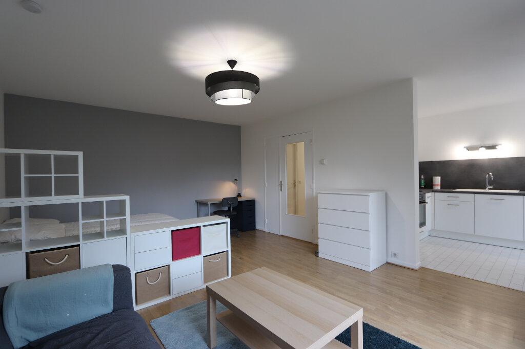 Appartement à louer 1 46m2 à Tassin-la-Demi-Lune vignette-2