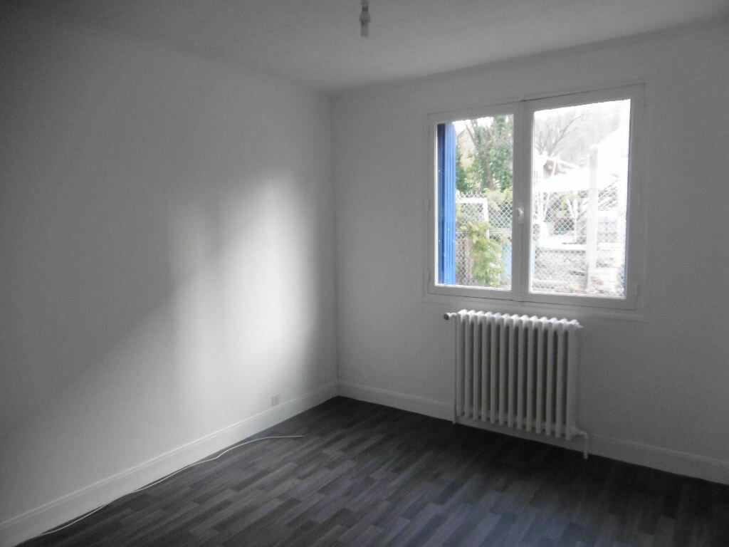Maison à louer 4 85m2 à Évreux vignette-4