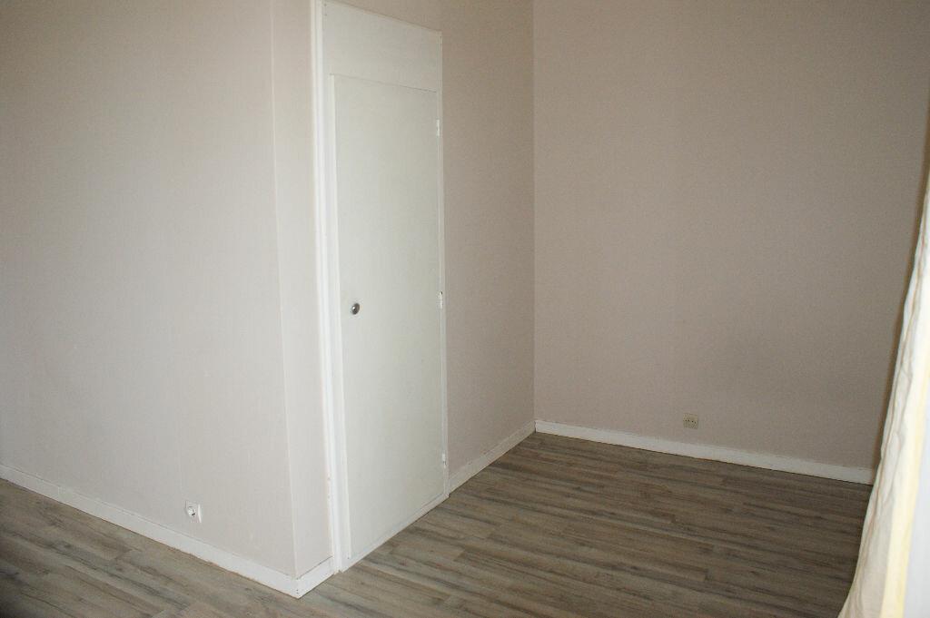 Appartement à louer 1 30.9m2 à Évreux vignette-5