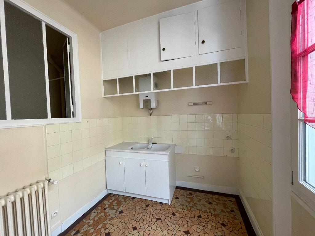 Appartement à louer 2 48m2 à Évreux vignette-6