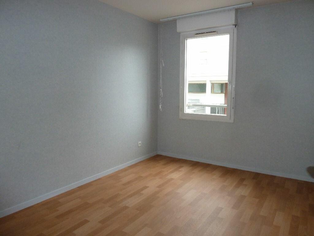 Appartement à louer 3 71.69m2 à Évreux vignette-5