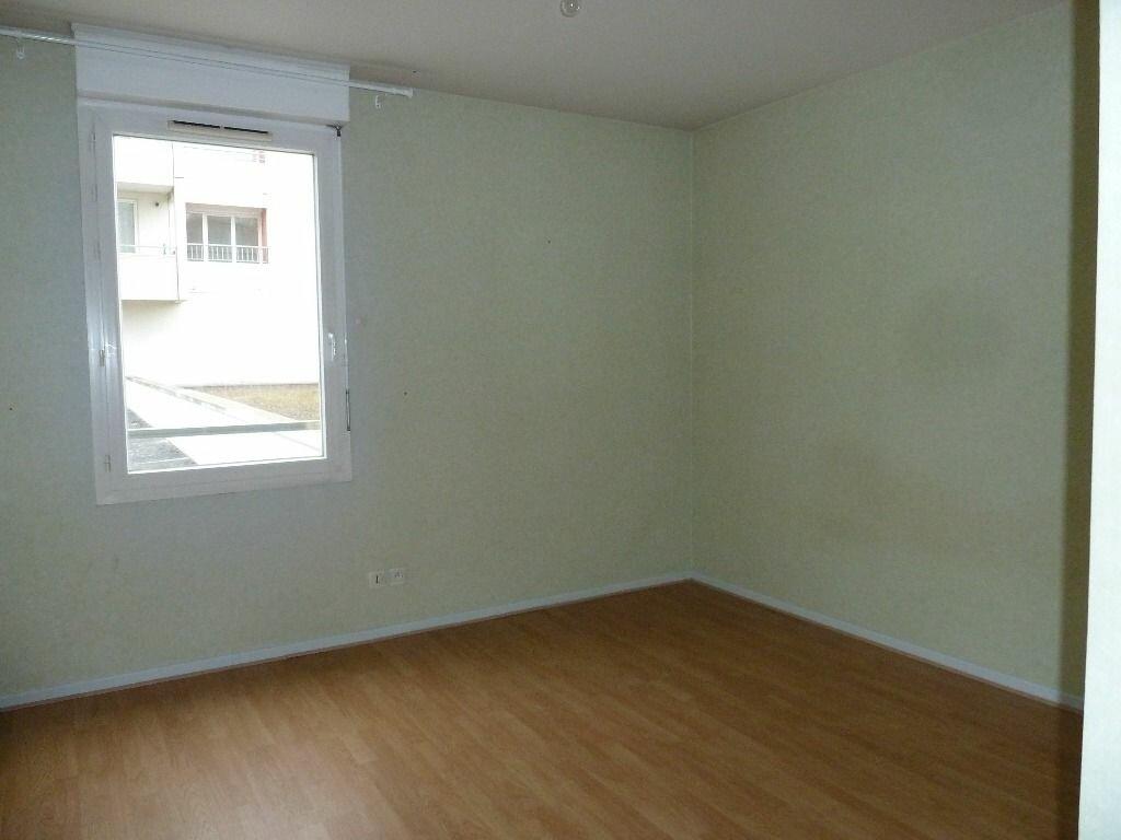 Appartement à louer 3 71.69m2 à Évreux vignette-6