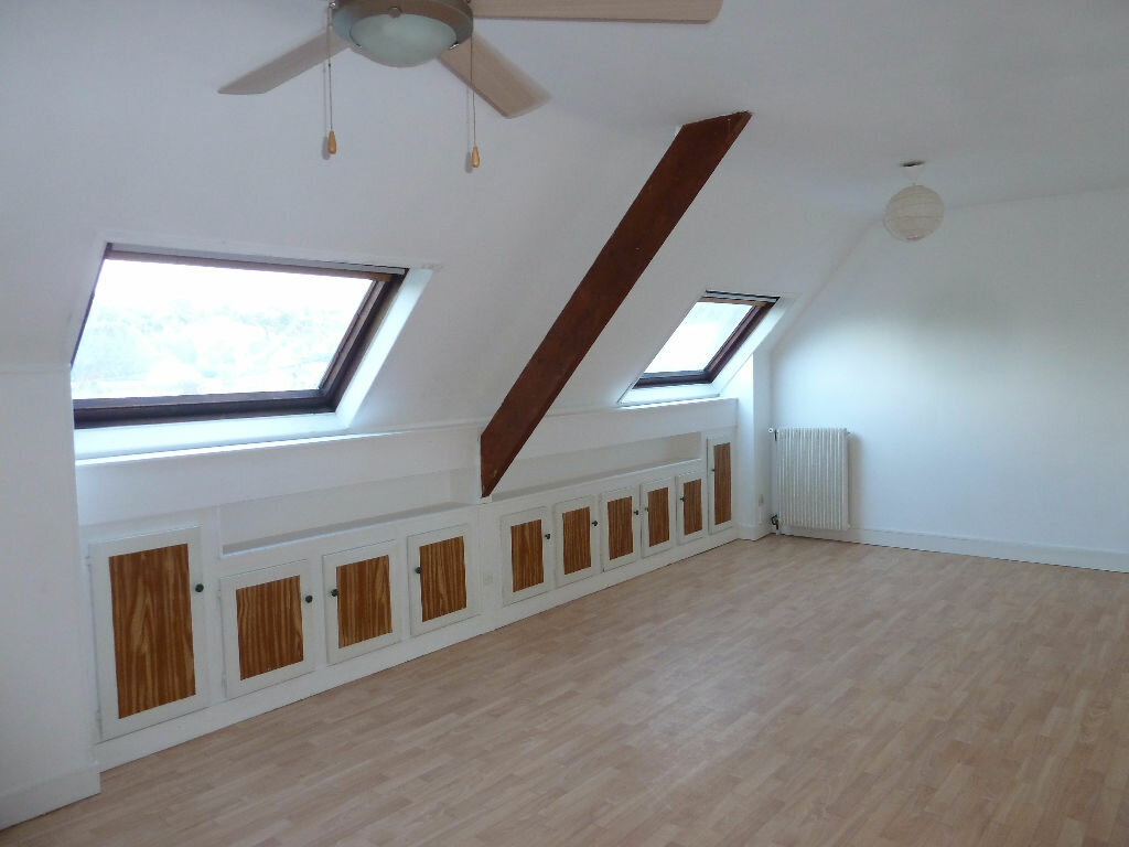 Appartement à louer 3 65m2 à Évreux vignette-1