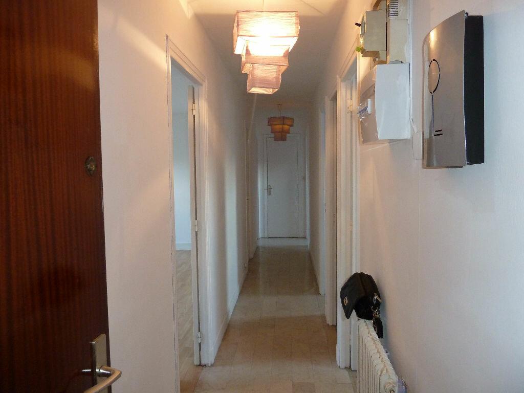 Appartement à louer 3 65m2 à Évreux vignette-5