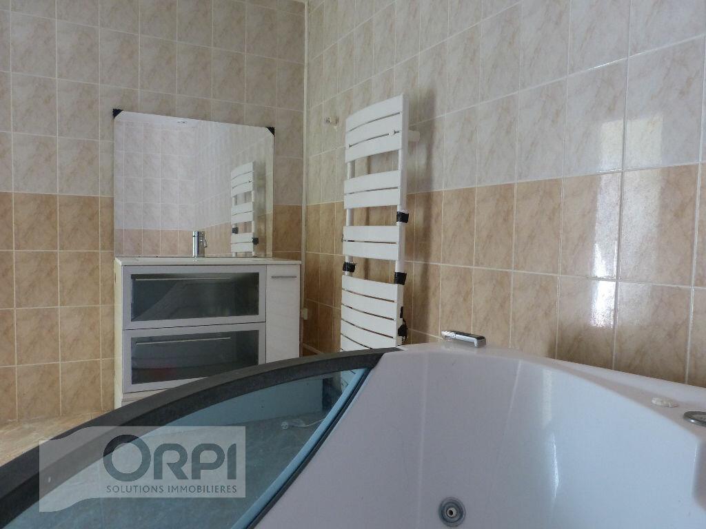 Maison à vendre 5 110m2 à Verneuil-sur-Avre vignette-4