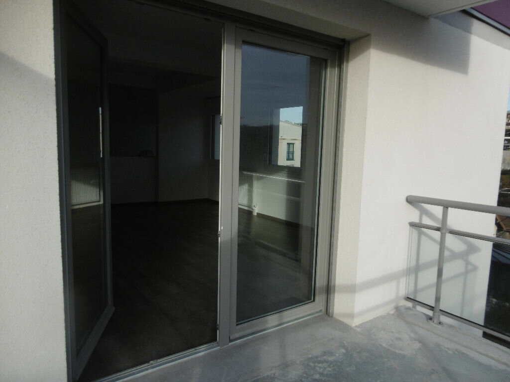 Appartement à vendre 3 77.1m2 à Évreux vignette-1