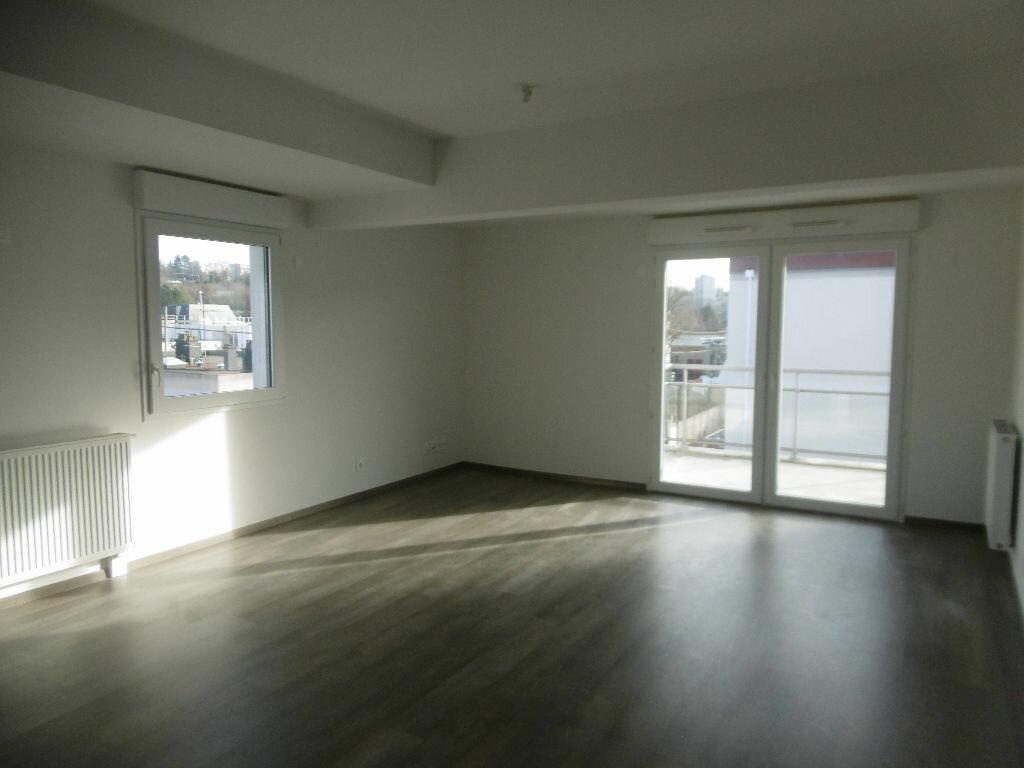 Appartement à vendre 3 77.1m2 à Évreux vignette-2