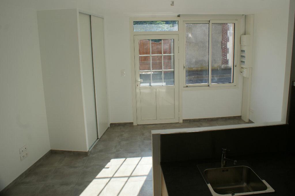 Appartement à louer 3 71.7m2 à Évreux vignette-2