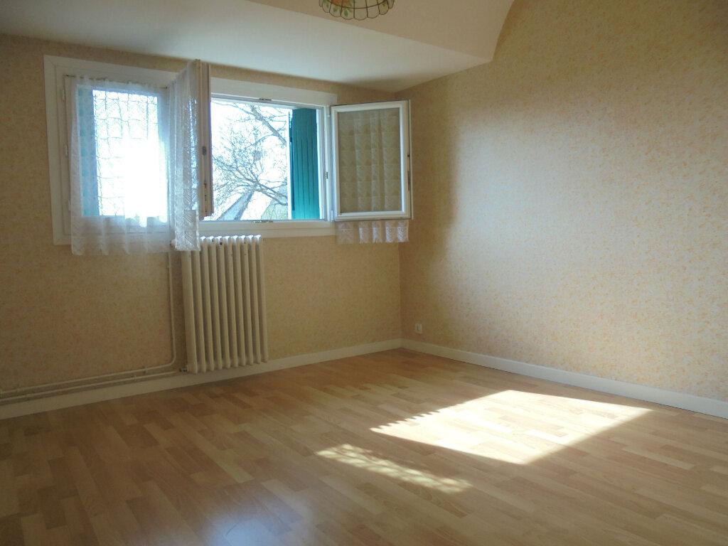 Maison à vendre 6 122.73m2 à Évreux vignette-4