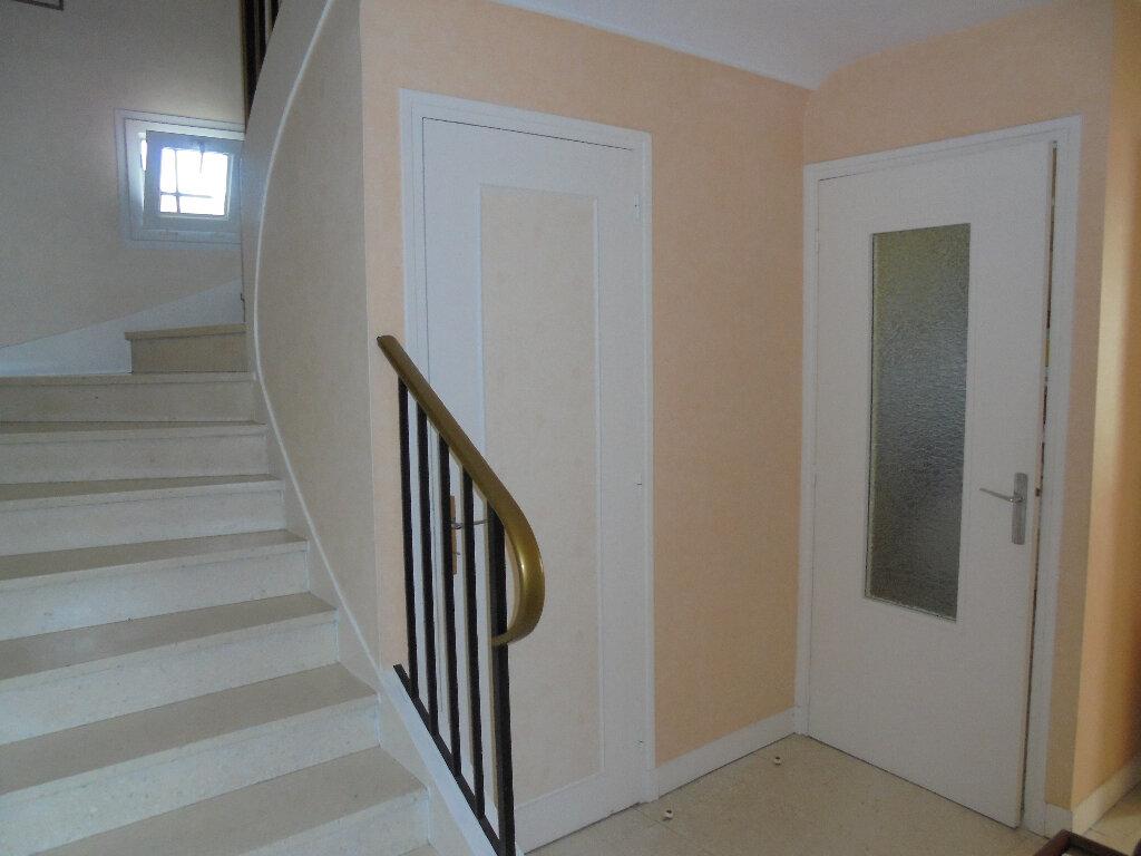 Maison à vendre 6 122.73m2 à Évreux vignette-13