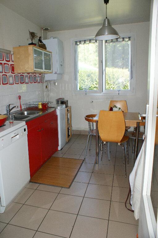 Maison à louer 5 127m2 à Saint-Sébastien-de-Morsent vignette-8