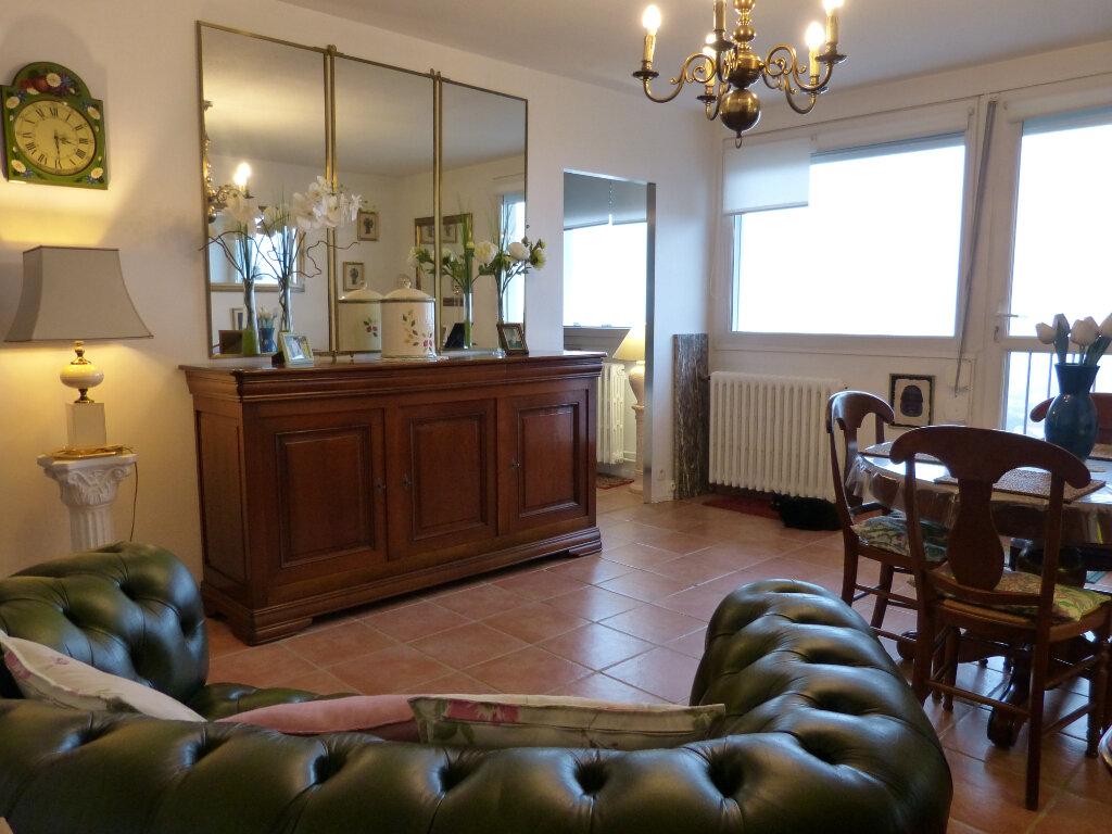 Appartement à vendre 2 58.95m2 à Évreux vignette-1