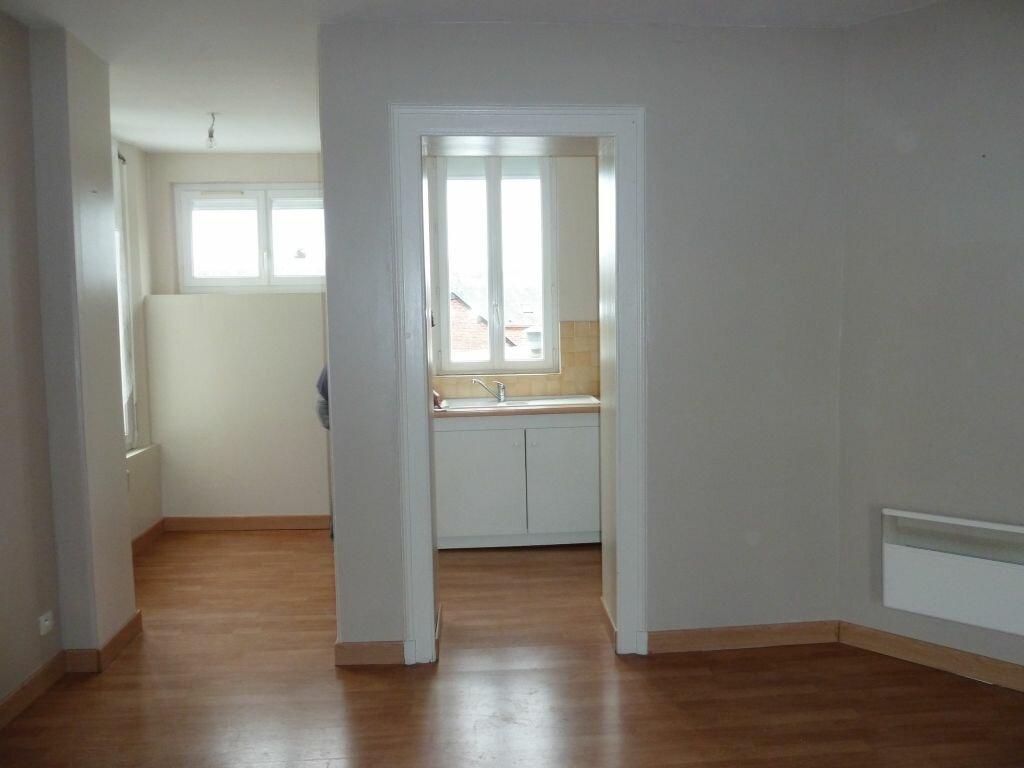 Appartement à louer 2 39m2 à Damville vignette-2